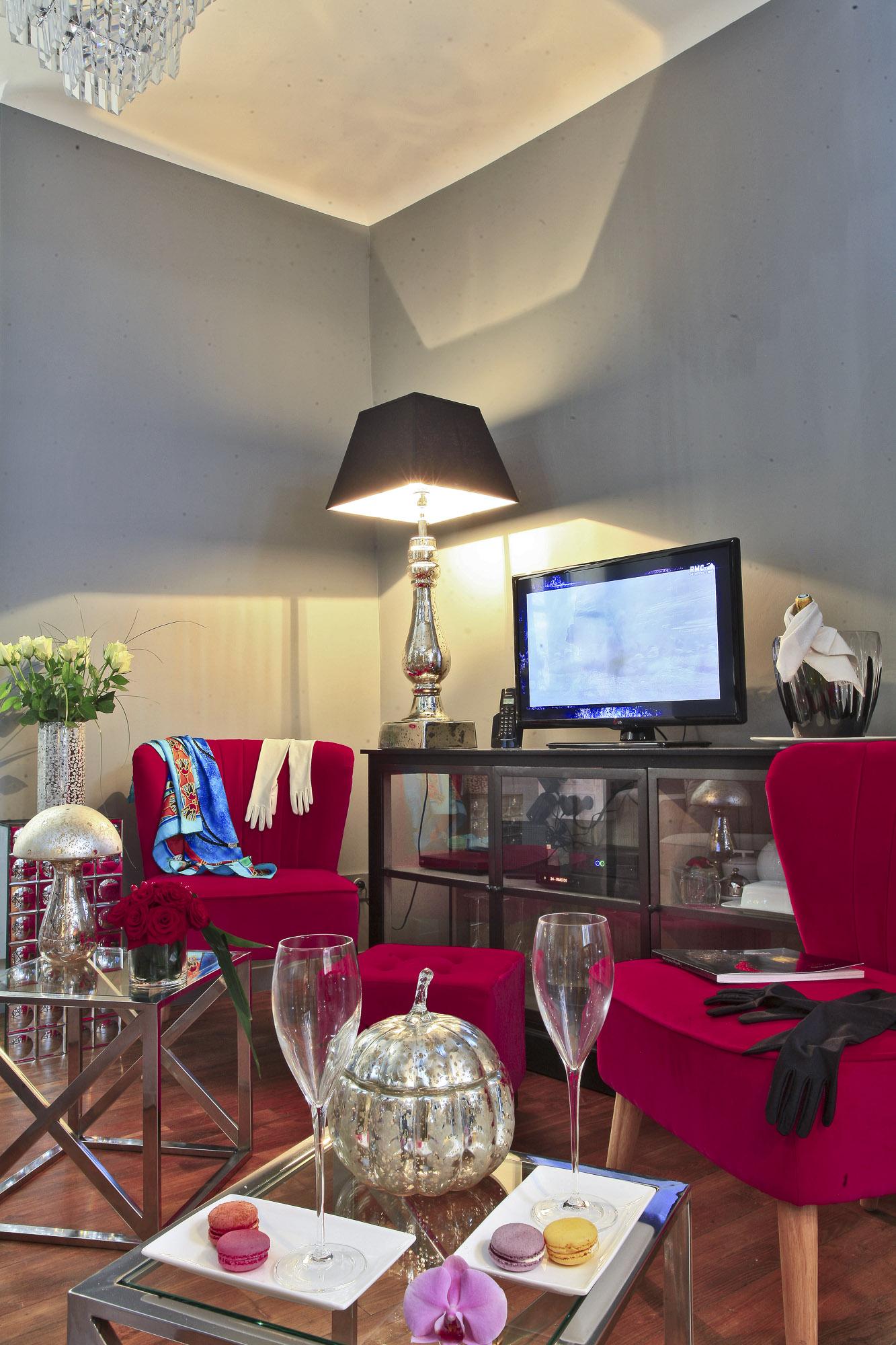 Locations saisonni¨res de luxe et de prestige  Sarlat